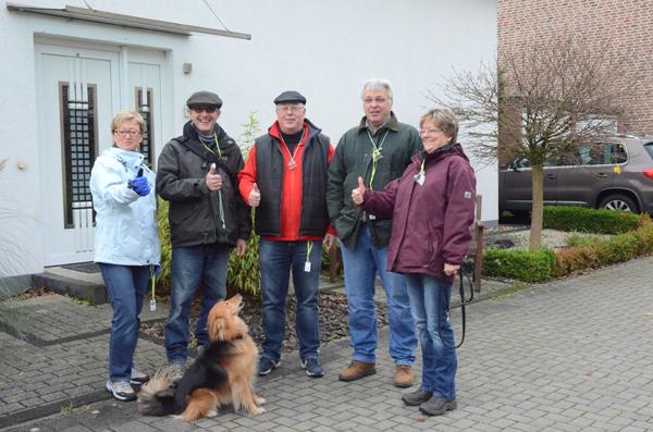 Eva N., Andreas E., Hubert N., Andreas R., Susanne E., es fehlt: Henning M., dafür ist Benni, der Reißer auf dem Bild