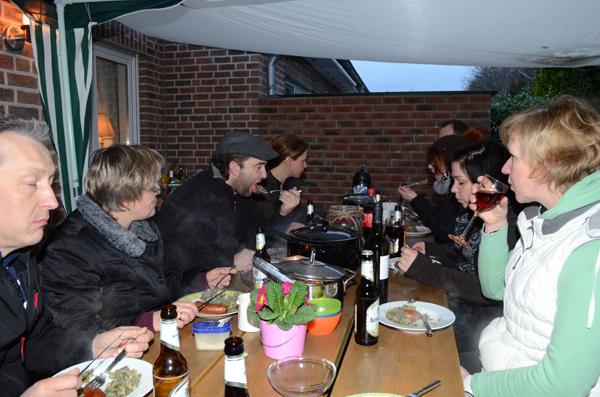 Gemütliches Abendessen mit Grünkohl und Pinkel