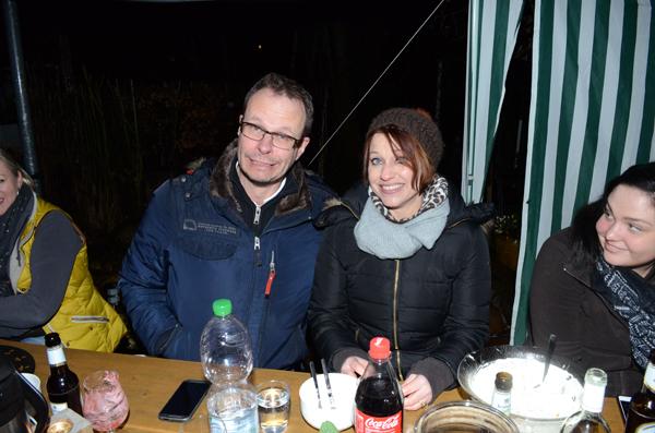 Barbara freut sich total und Henning freut sich ebenfalls ganz doll!